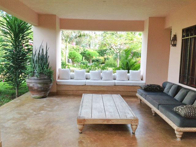 terrace-seat.jpg