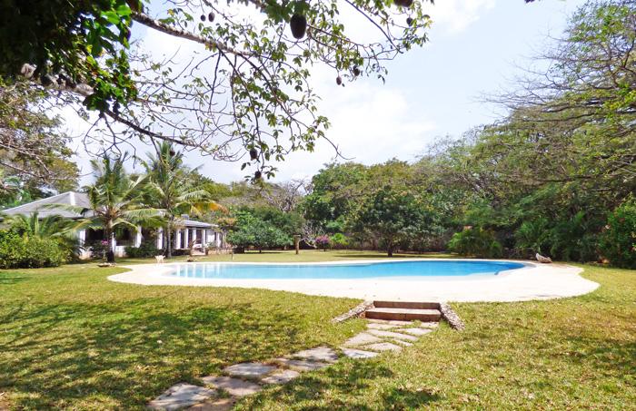 KSB-pool-house.jpg