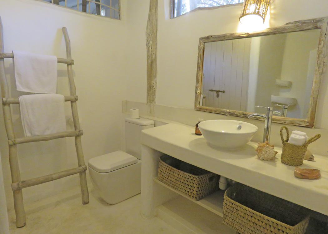 Shuma-bathroom3.jpg