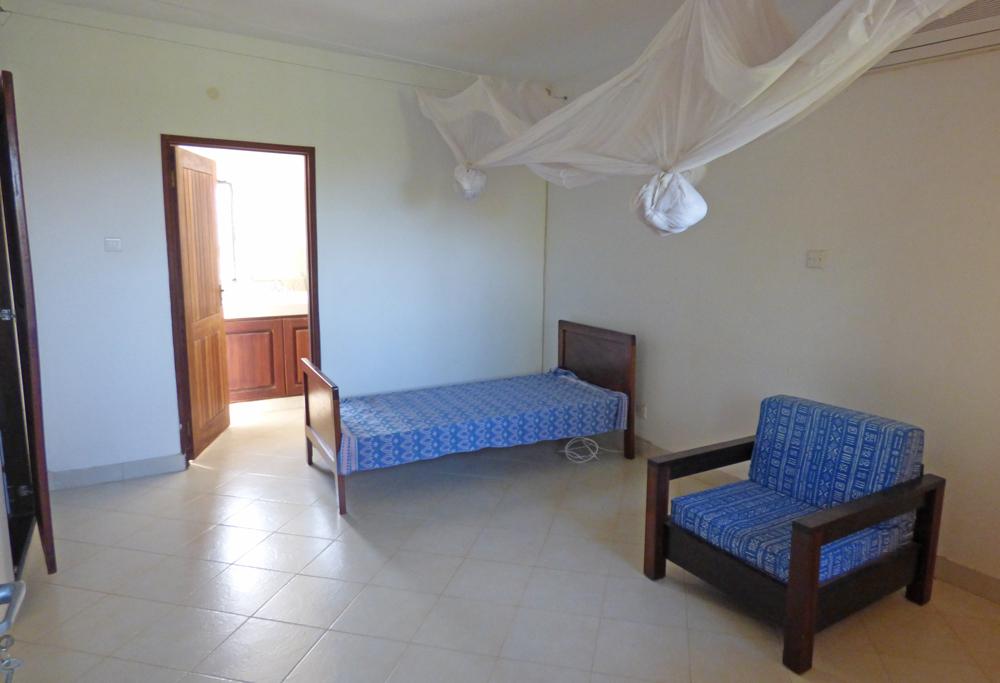 KA02-bedroom2.jpg
