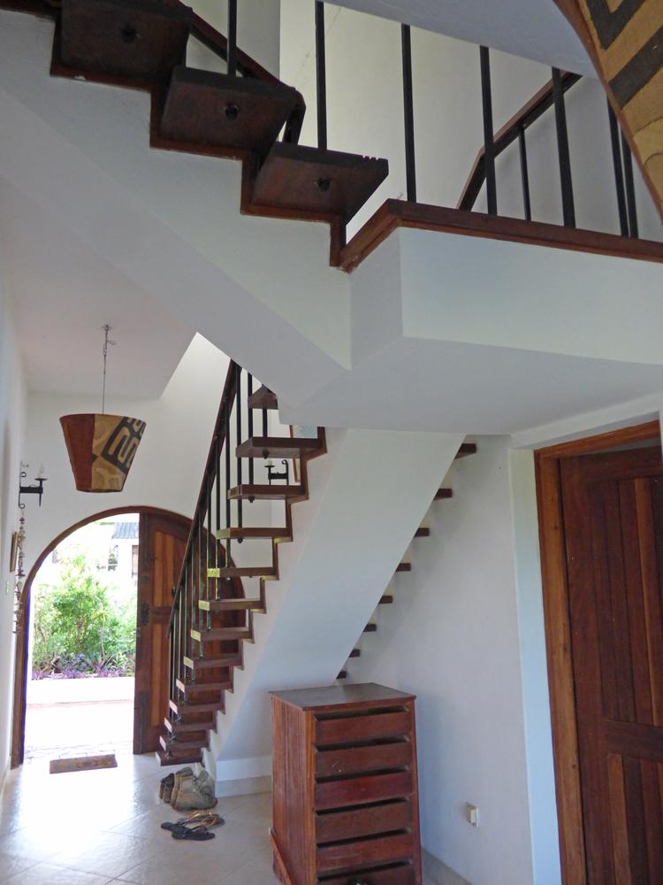 KA02-staircase.jpg