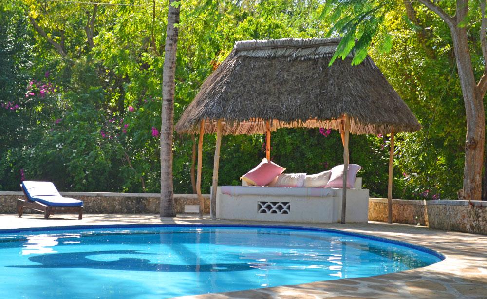Arcadia-poolbed.jpg