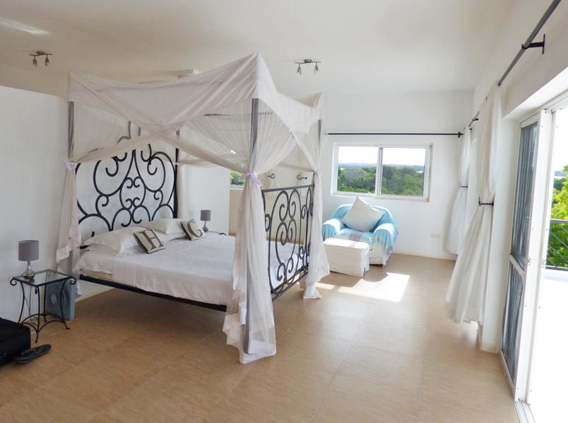 HG-Bedroom4-top.jpg