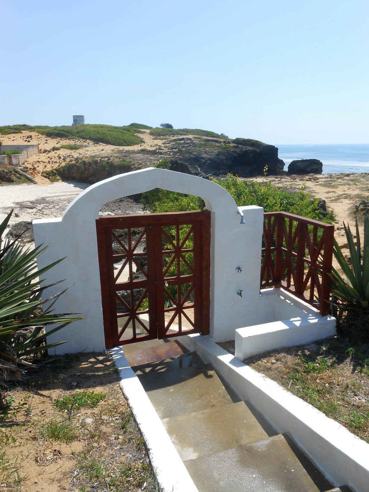 Gateway to the Cove.JPG