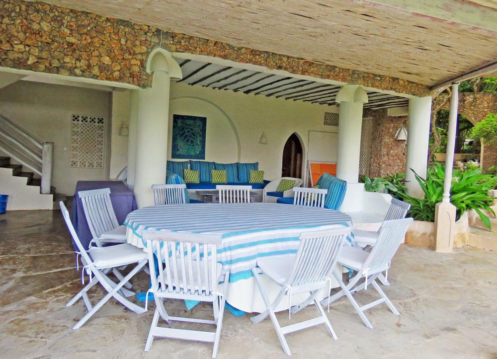 Baraka-outside-dining.jpg