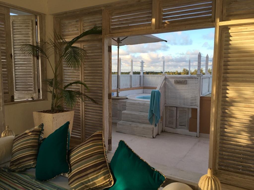 NEW Lovely 2 Bedroom Penthouse Apartment in Medina Palms for Sale - Ksh 55 million (Kenyan Shillings)More info