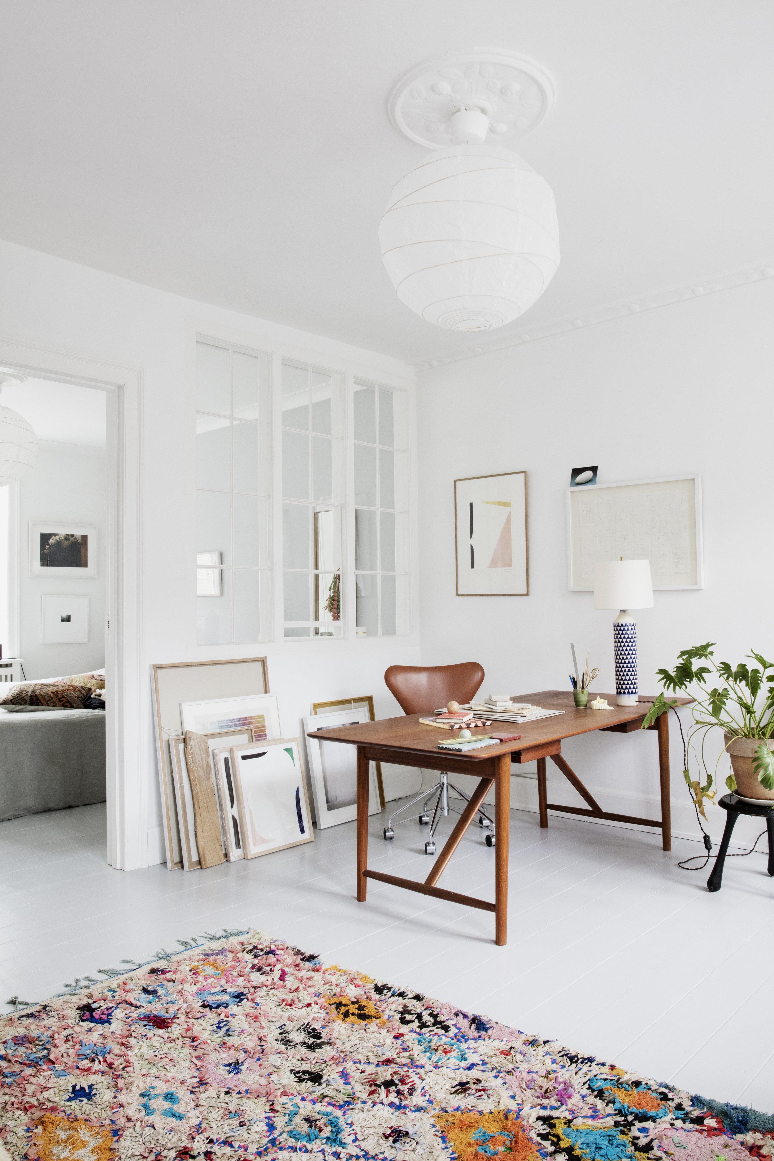 Who's Talking - Cecilie Svanberg, Mint Studio