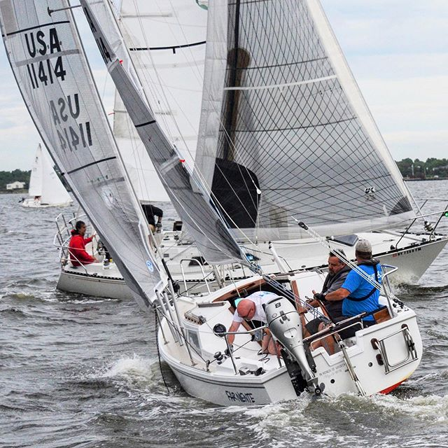 Crossing racks last Tuesday, join us for some summer racing tonight #sbccracing #sbccsail #southbaycruisingclub #sailgreatsouthbay #greatsouthbay #longislandsailing #sailgrammers #cruisingoutpost