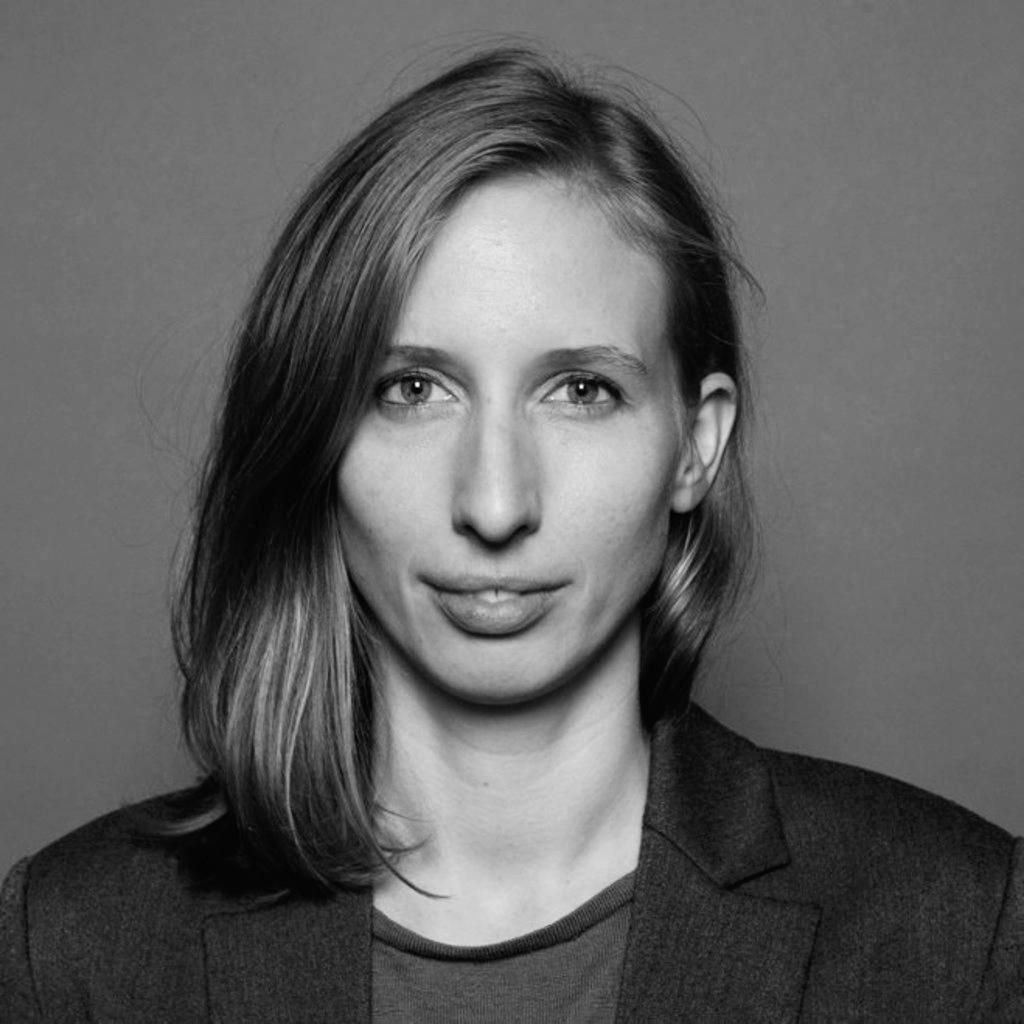 Ebba Schröder ist Senior Consultant & Communications Expert bei Plan D