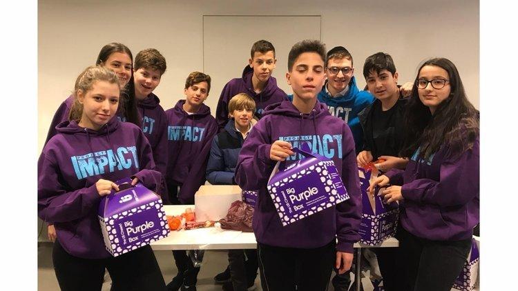 Making Purim boxes for Jewish Deaf Association