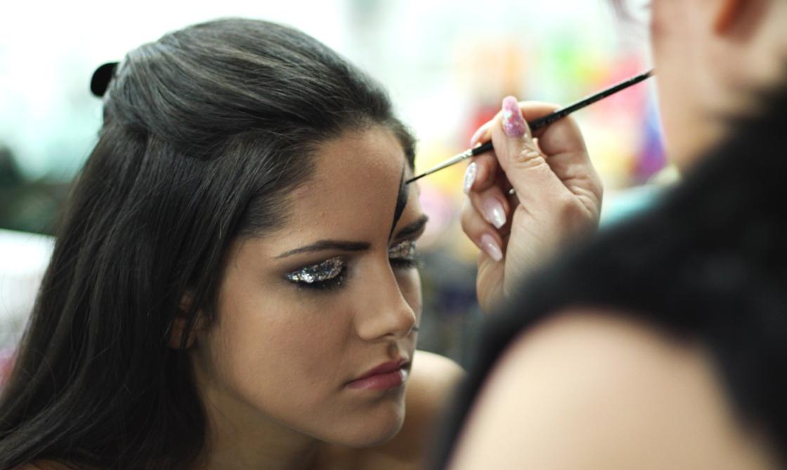 Glitterfreaks | Glitterfreaks Make Up And Body Artistry | About Us | www.gliterfreaks.co.uk.jpg