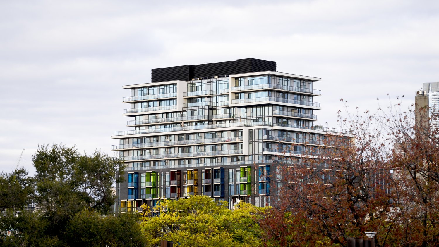New_Condos_For_Sale_in_Downtown_Toronto.jpg