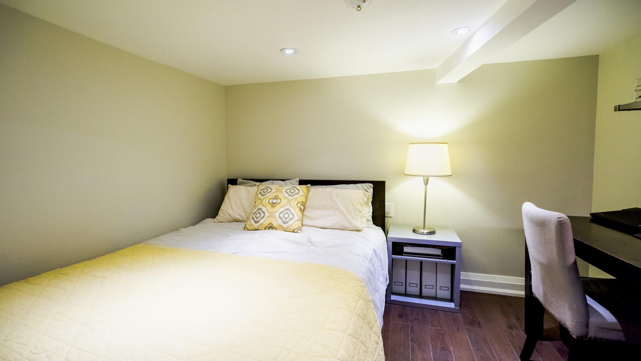 #19 - Basement Bedroom - 728_Richmond-87.jpg