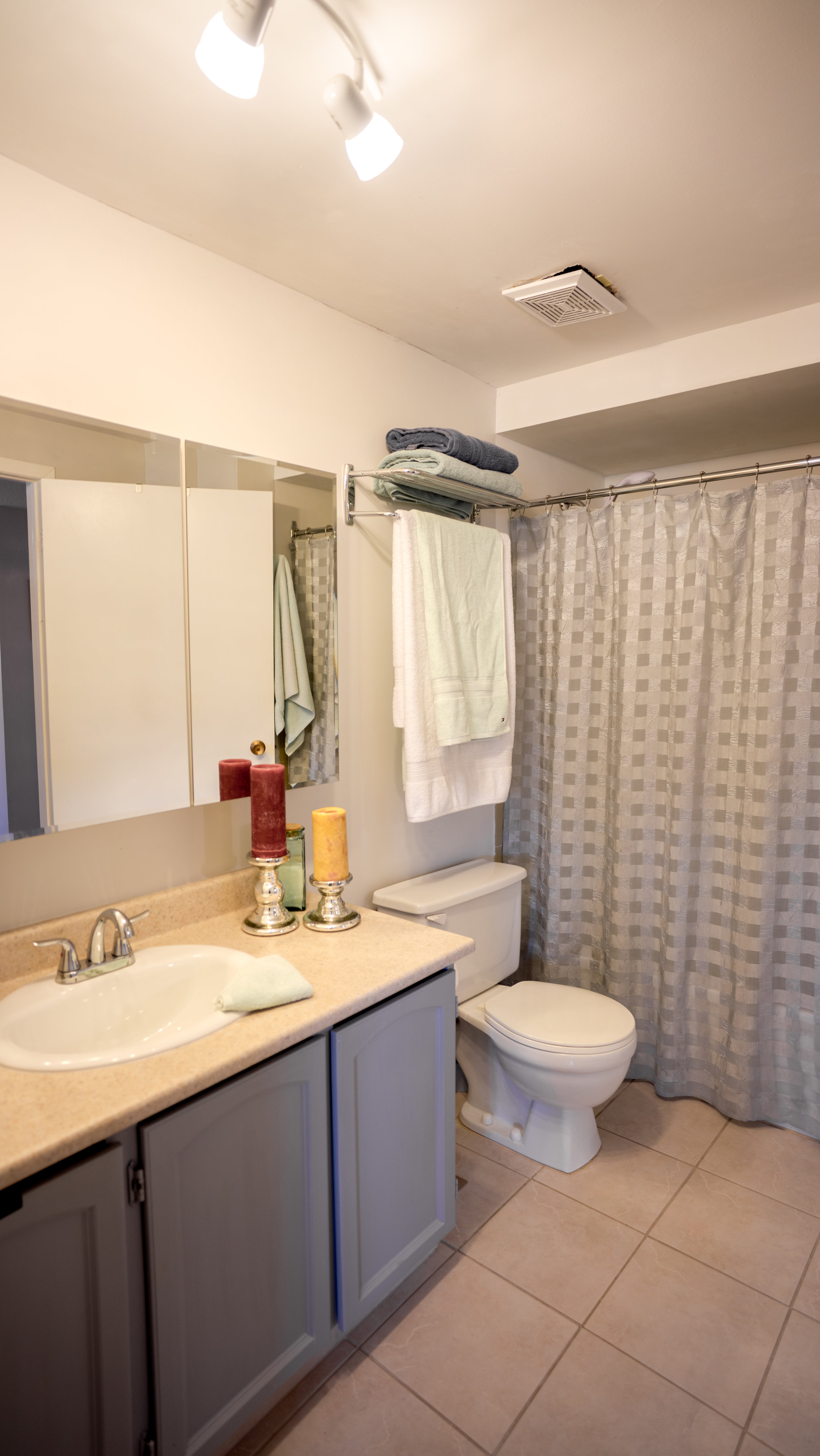 #16 - Bathroom - Fundy-34.jpg