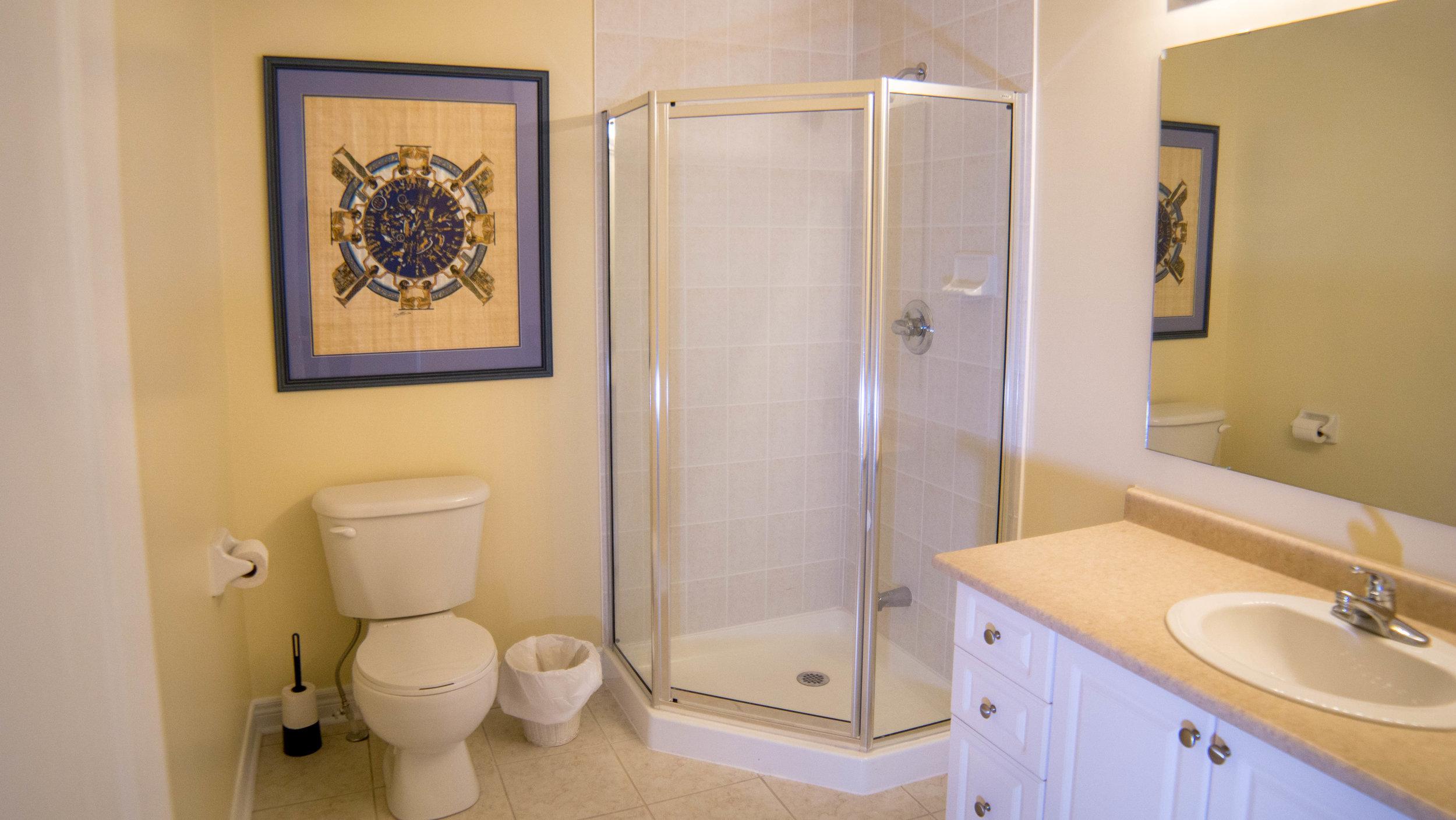 #20 - 2nd Bathroom - Louisbourg-59.jpg
