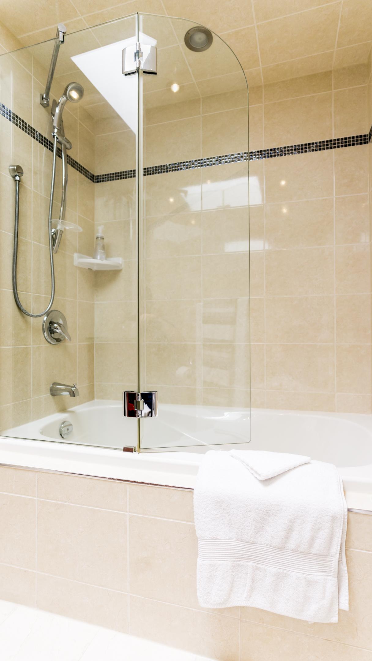 #16 - Bath - 80AdelaideTH6-80.jpg