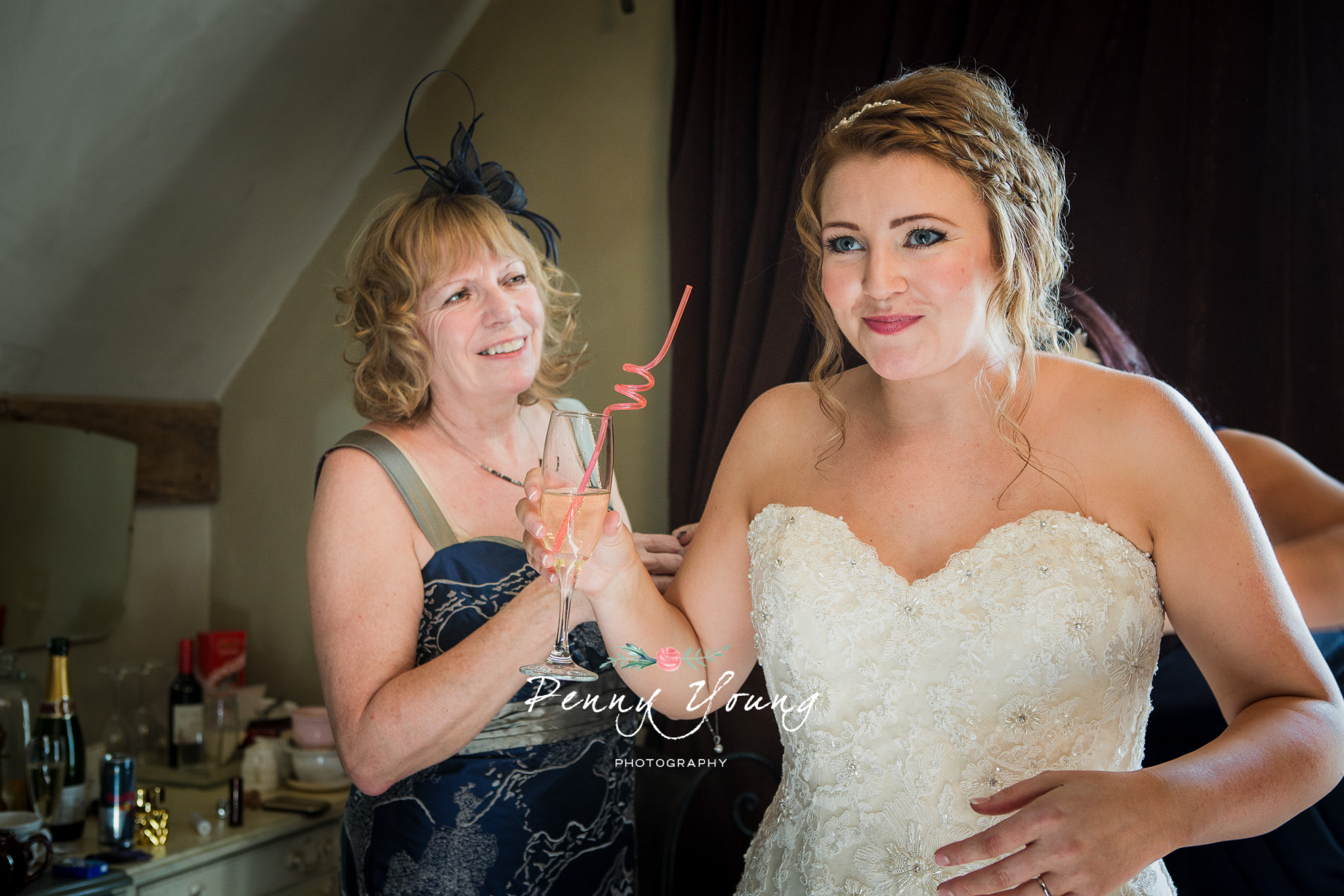 Penny_Young_Photography_The_Bell_Ticehurst_Wedding-Photography_Rachel_Matt_136