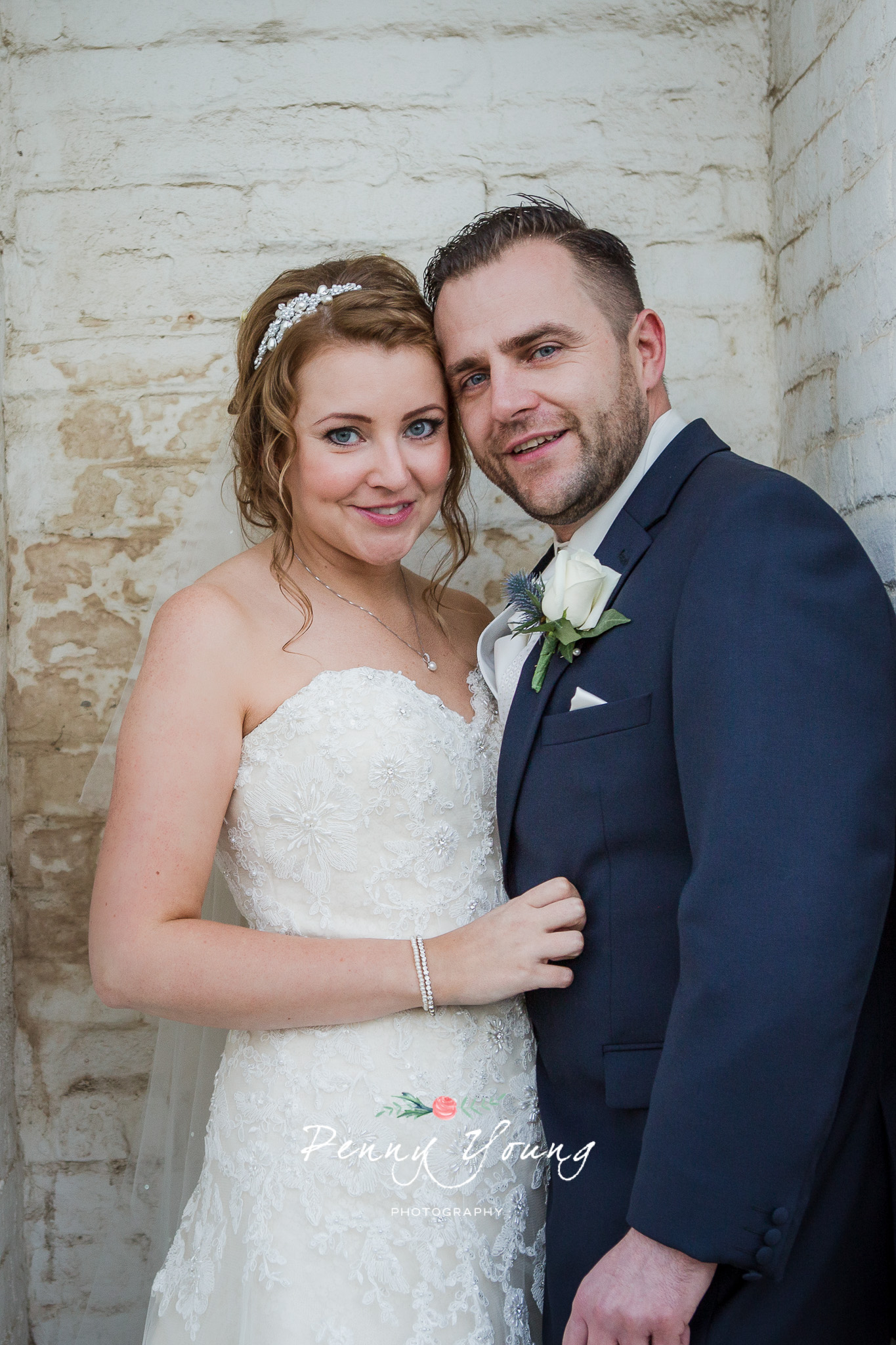 Penny_Young_Photography_The_Bell_Ticehurst_Wedding-Photography_Rachel_Matt_390