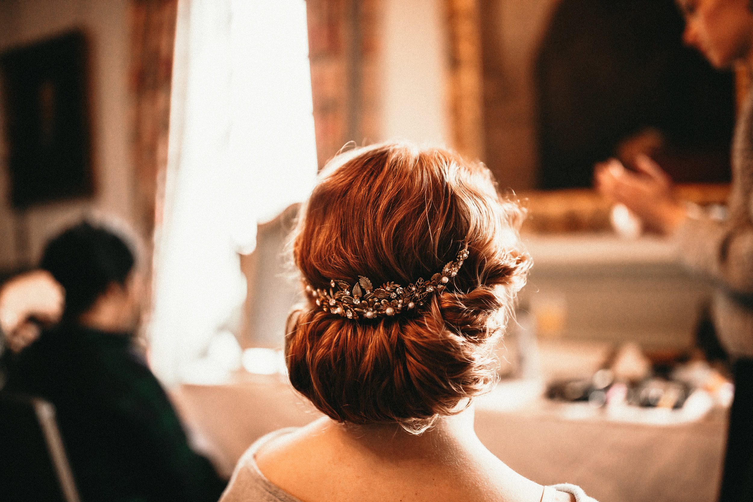 Jo-chilston-park-hotel-kent-wedding-bride-bridal-hairdresser-hairstylist-simply-beautiful-wedding-hair