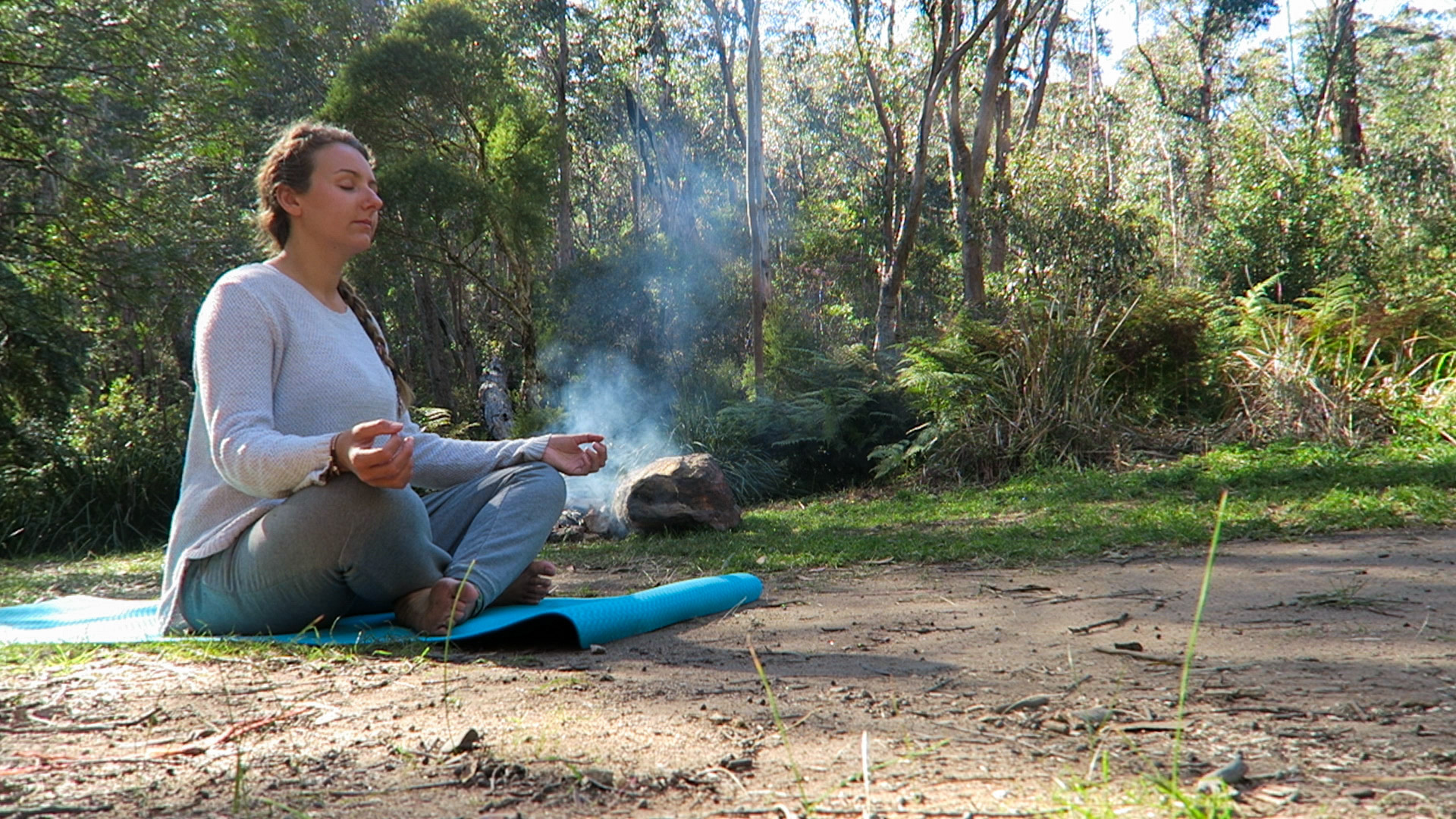 Meditating in the Blue Mountains, Australia