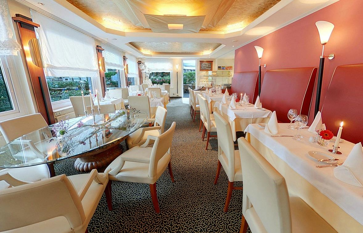 Restaurant marron - ✓ 60 m²✓ up to 45 people✓ air conditioned✓ private bar