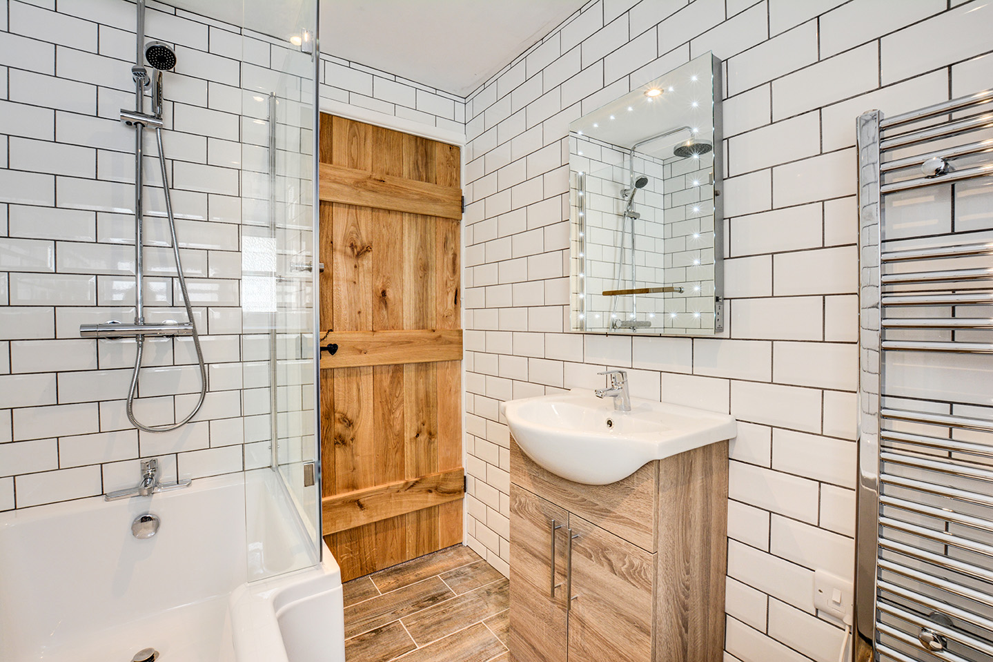 The bathroom at Jingles luxury self catering holiday cottage at Penrose Burden in North Cornwall near Bodmin Moor01.jpg