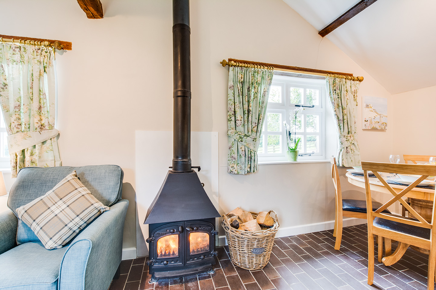 The lounge area of Snappers luxury self catering converted barn holiday cottage at Penrose Burden in North Cornwall 03.jpg