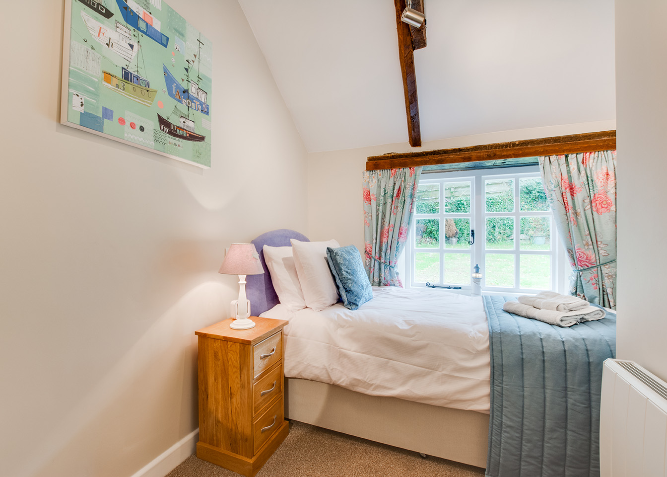 The single bedroom of Snappers luxury self catering converted barn holiday cottage at Penrose Burden in North Cornwall 02.jpg