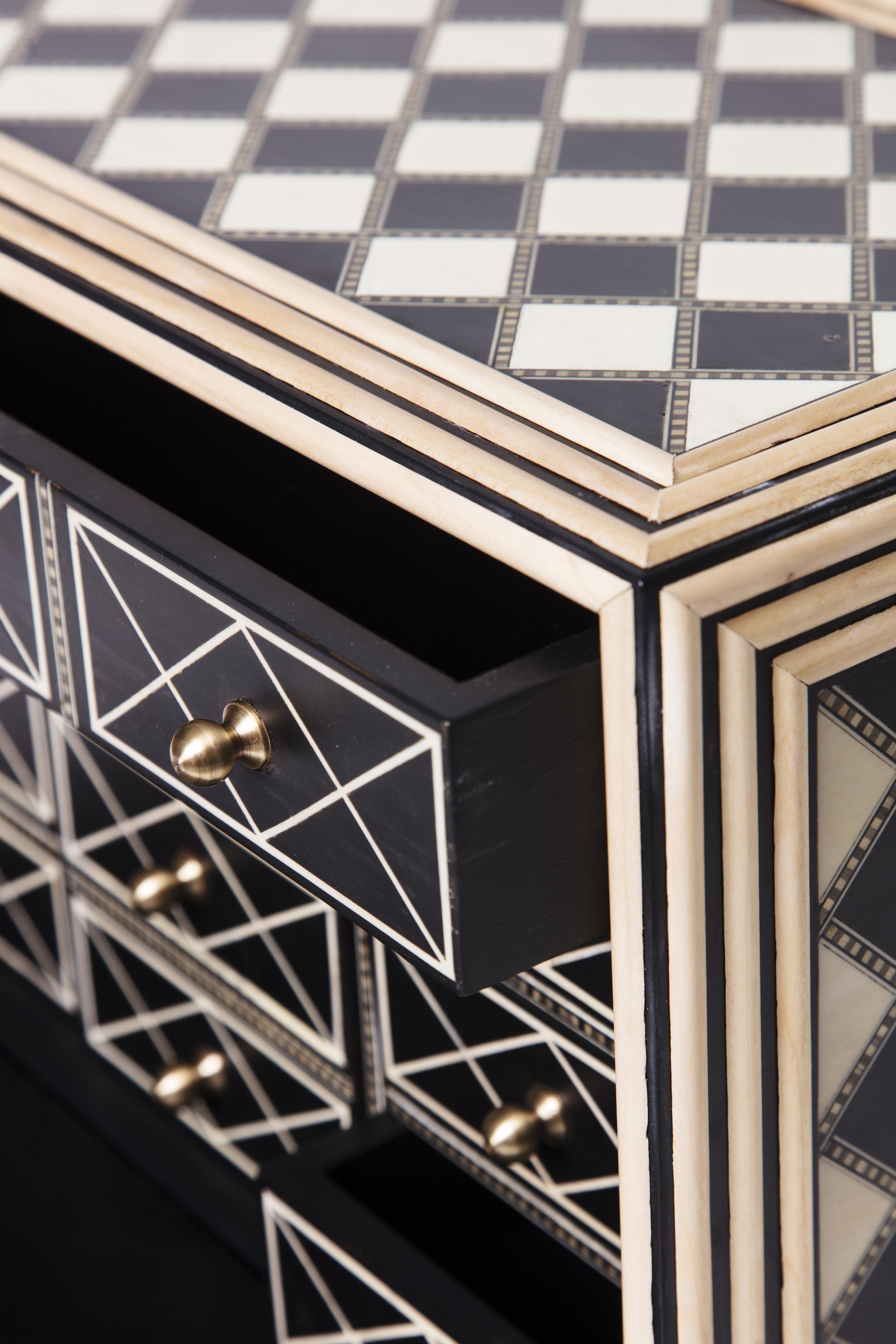 Sibylle Tarazi_Curiosity Cabinets_Oh Boy!_Detail 2_2017.jpg
