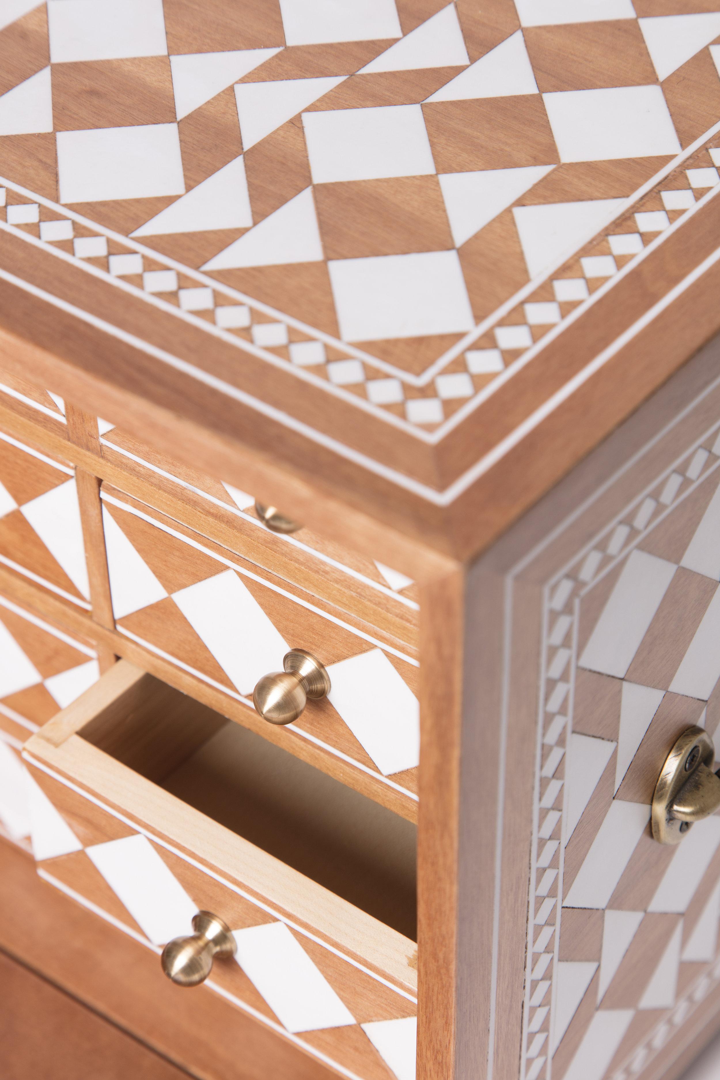 Sibylle Tarazi_Curiosity Cabinets_One and a half_Detail 2_2017.jpg