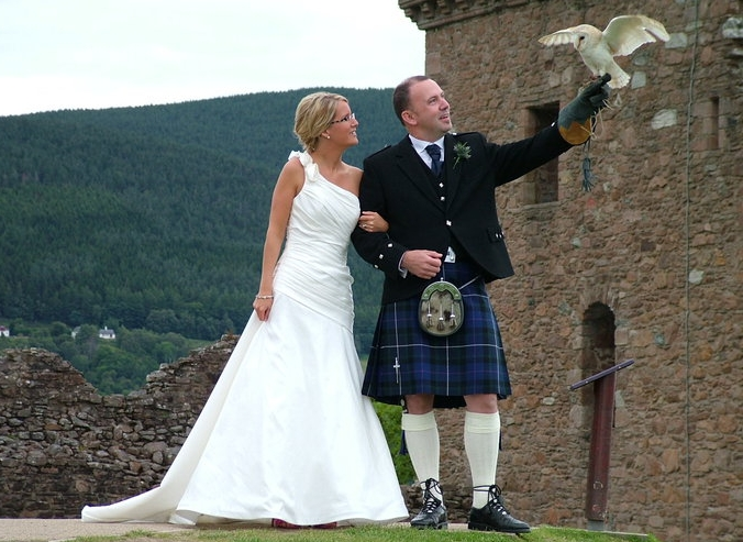 Spook our Bark Owl delivered the wedding rings to an American couple at Urquhart Castle on the banks of Loch Ness