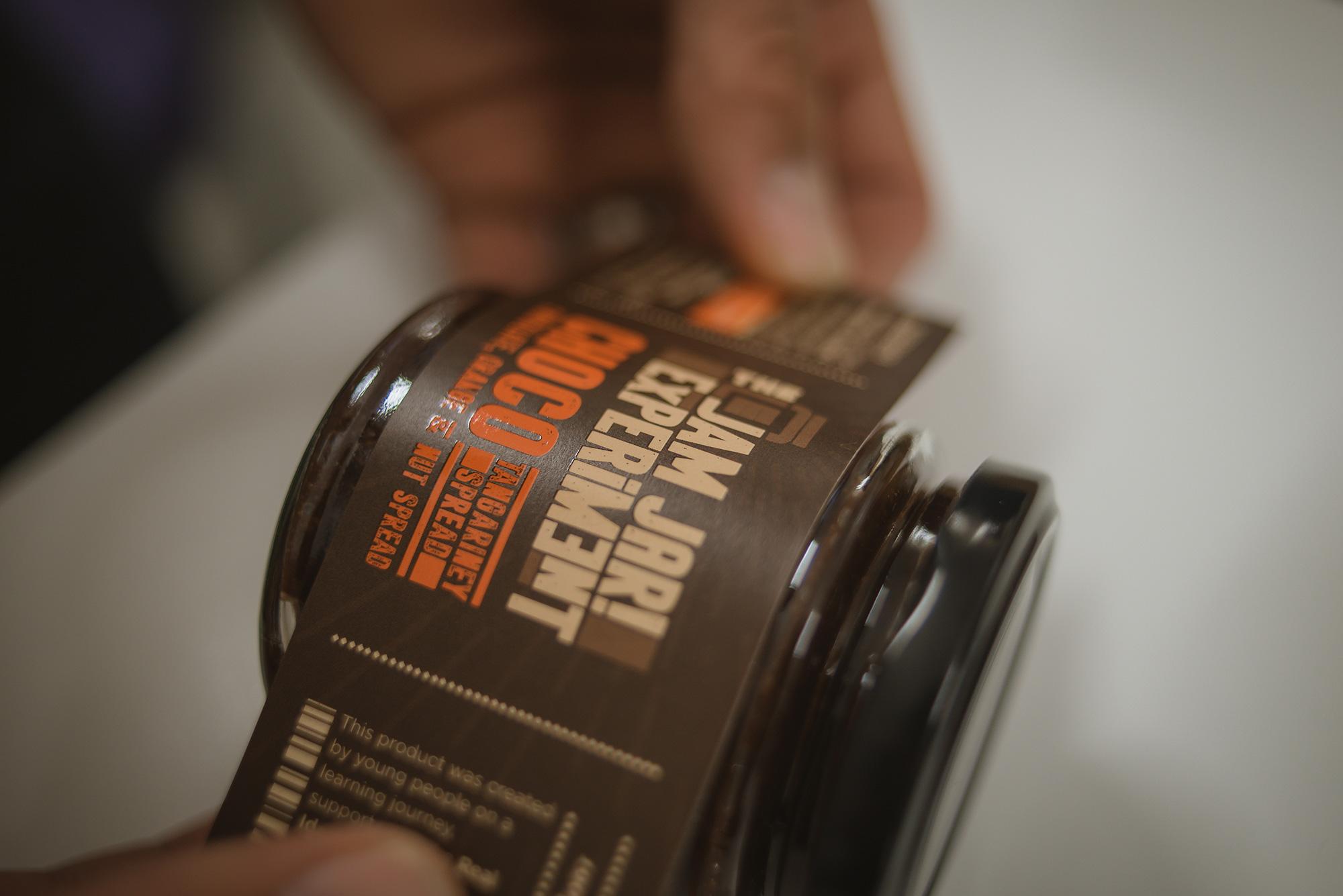 the-jam-jar-experiment-label.jpg