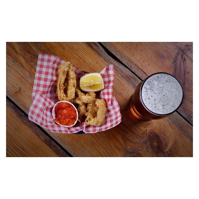 50% off ALL food every Monday (more beer money) ⠀ ⠀ Kitchen open from 17:00-22:00, check the menu here https://buff.ly/2G7pBmW ⠀ ⠀ #thejoker  #thejokerofpentonstreet #pub #chapelmarket #angel #islington #northlondon #N1 #whatson #whatsonlondon #londonliving #londondrinks #londoneats #publife #nightlife #nightout #food #foodblogger #foodie #foodporn #foodgasm