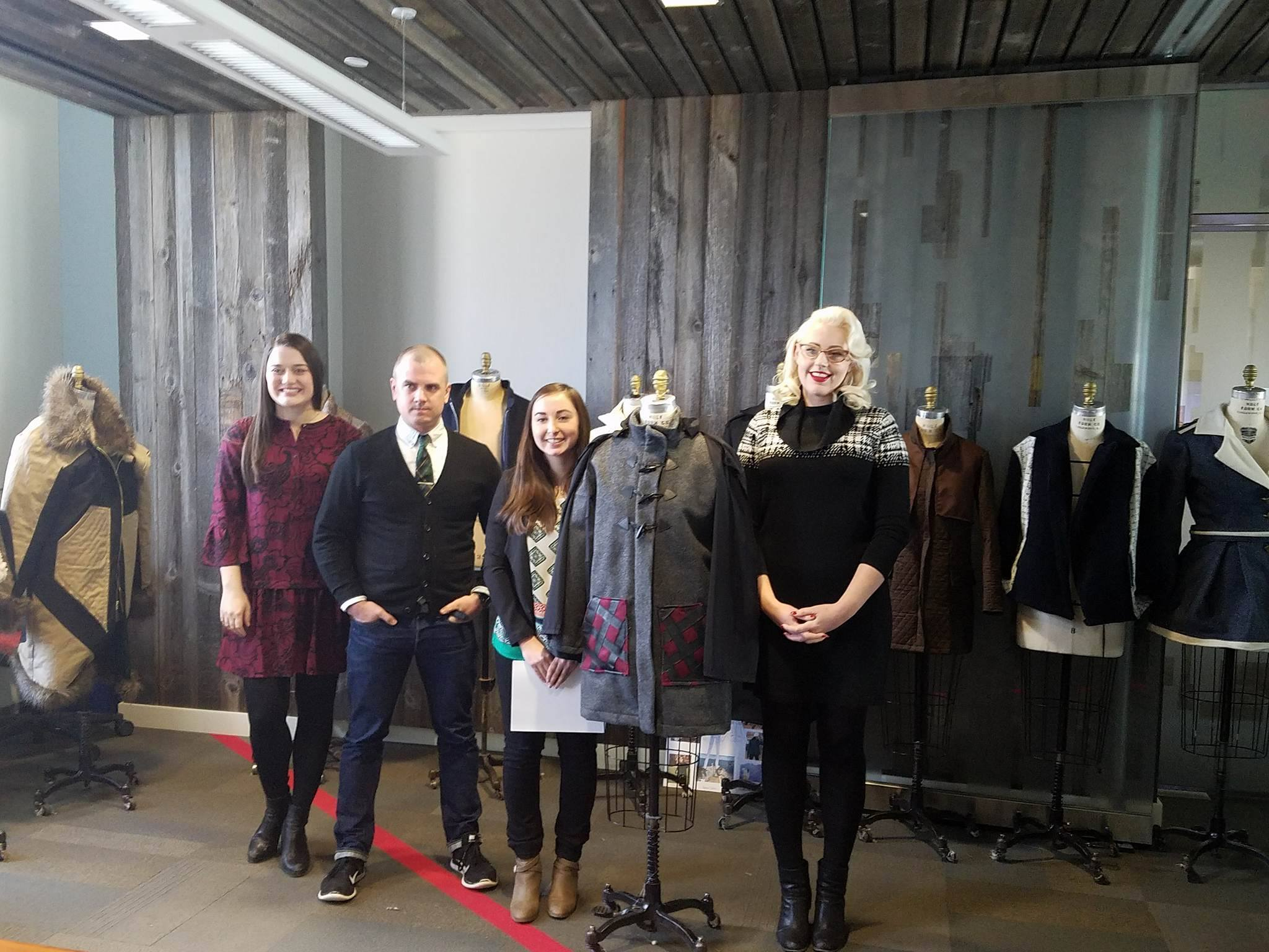 Lands' end Judges with winning piece -