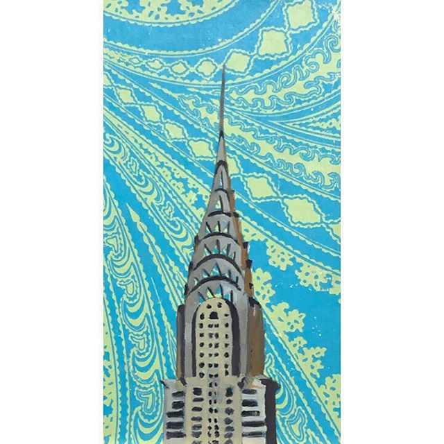 Using these patterned backgrounds to paint some of my favorite New York architecture to unwind. The geometry of modern architecture can be so calming to paint. . . . . . . #pattern #architecture #newyorkcity #skyscraper #chryslerbuilding #oneworldtrade #brooklynbridge #oilpainting #architecturalpaintings #smallworks
