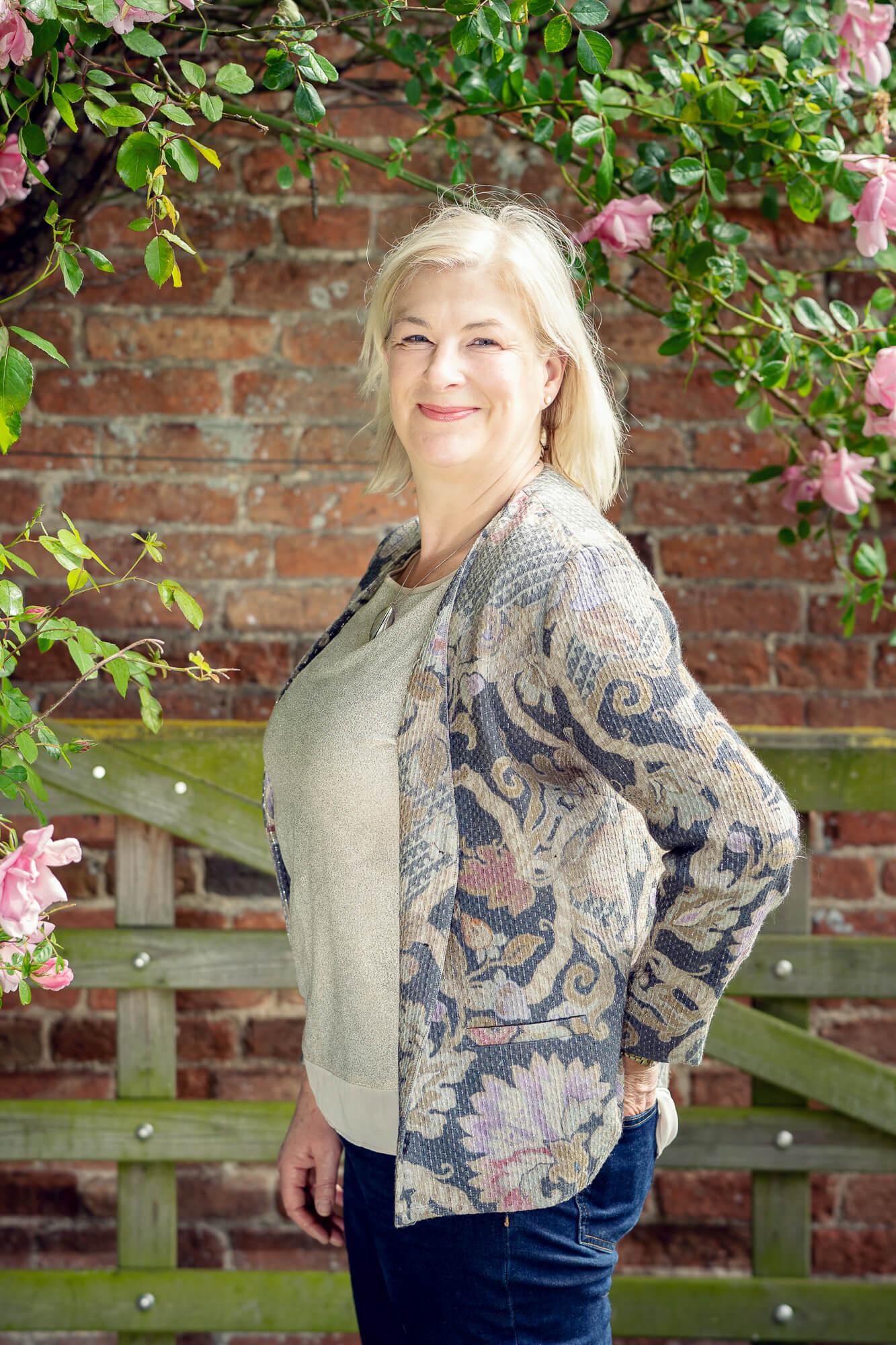 Harriet HaNmer - Director & FacilitatorHarriet is a psychologist specialising in leadership and organisational development,