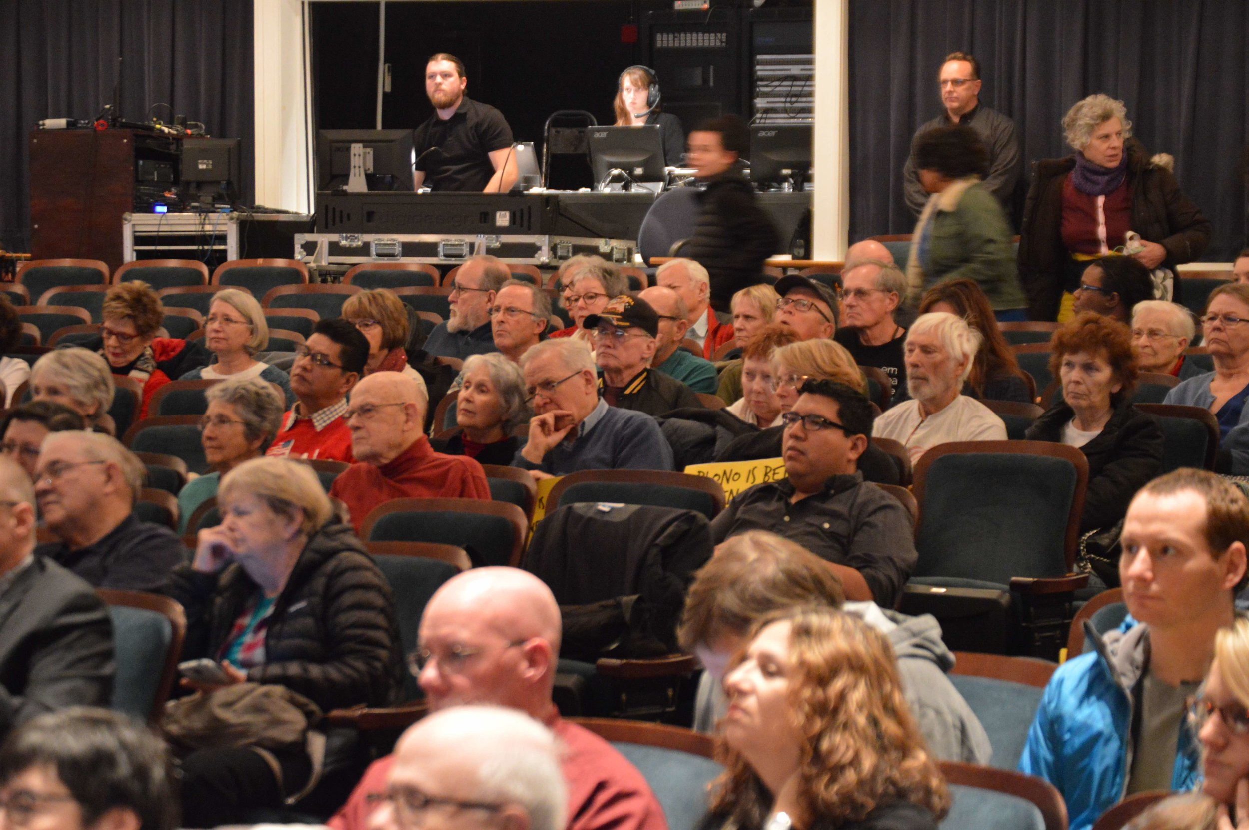 Nearly 200 residents attended the City Council's special session on Monday. -