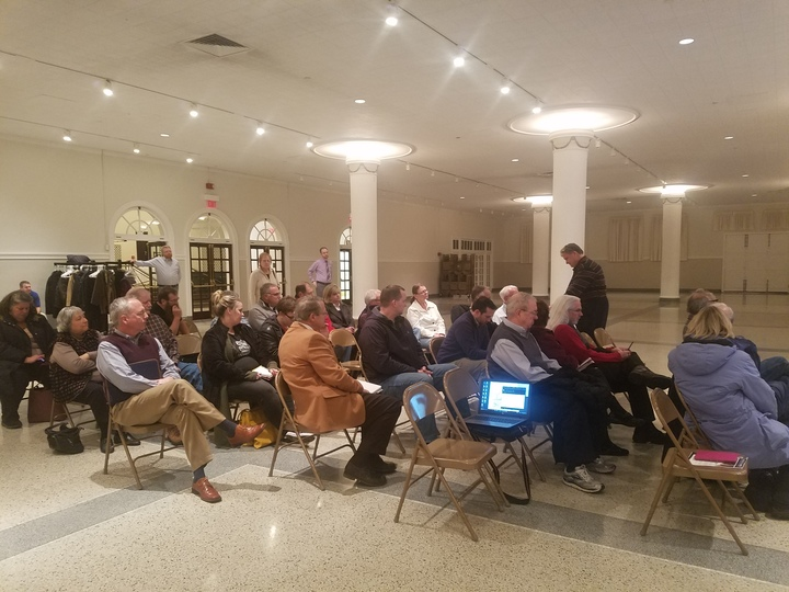 Bloomington residents discuss the City's budget deficit at Tuesday's town hall. (Image Credit: Krystle Dickerson for AdaptBN
