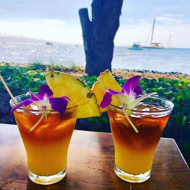 It's #nationalrumday, why not enjoy a Mai Tai or two? 🍹 . . PC: @g_moneyroh
