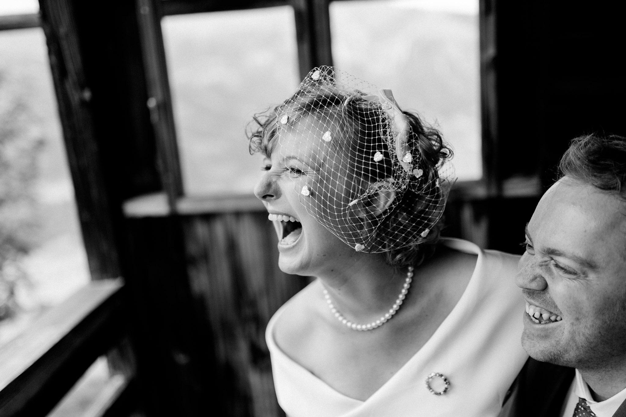 Lenl-Simmental-Buehlerhof-Pia-Anna-Christian-Wedding-Photography-EK-46.jpg