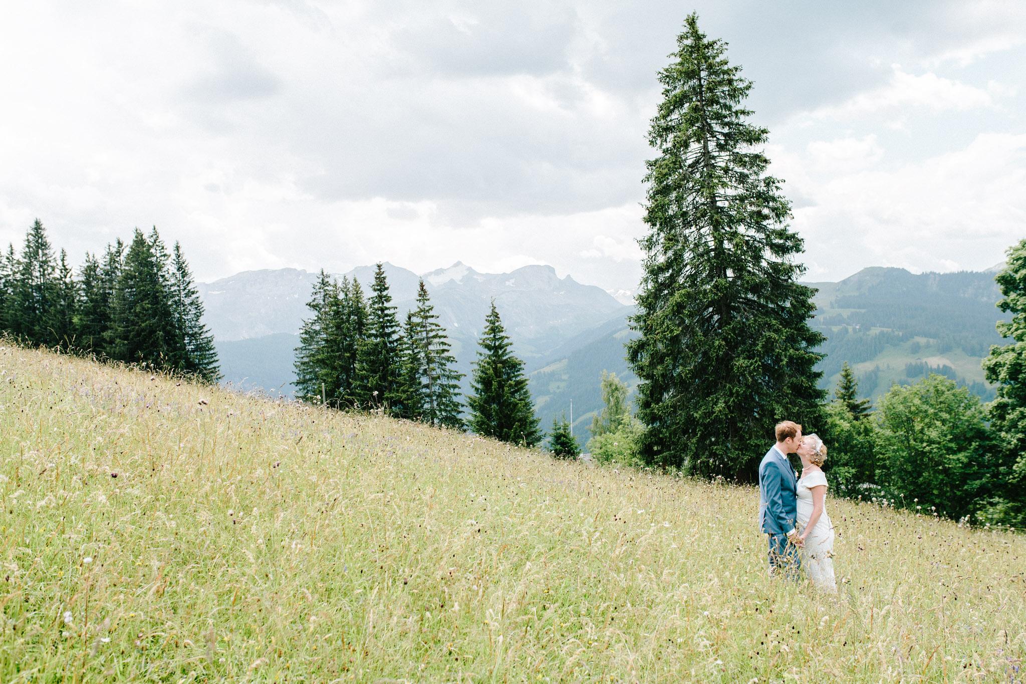 Lenl-Simmental-Buehlerhof-Pia-Anna-Christian-Wedding-Photography-EK-53.jpg