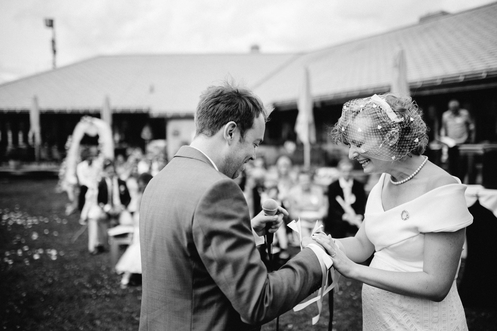 Lenl-Simmental-Buehlerhof-Pia-Anna-Christian-Wedding-Photography-EK-80.jpg
