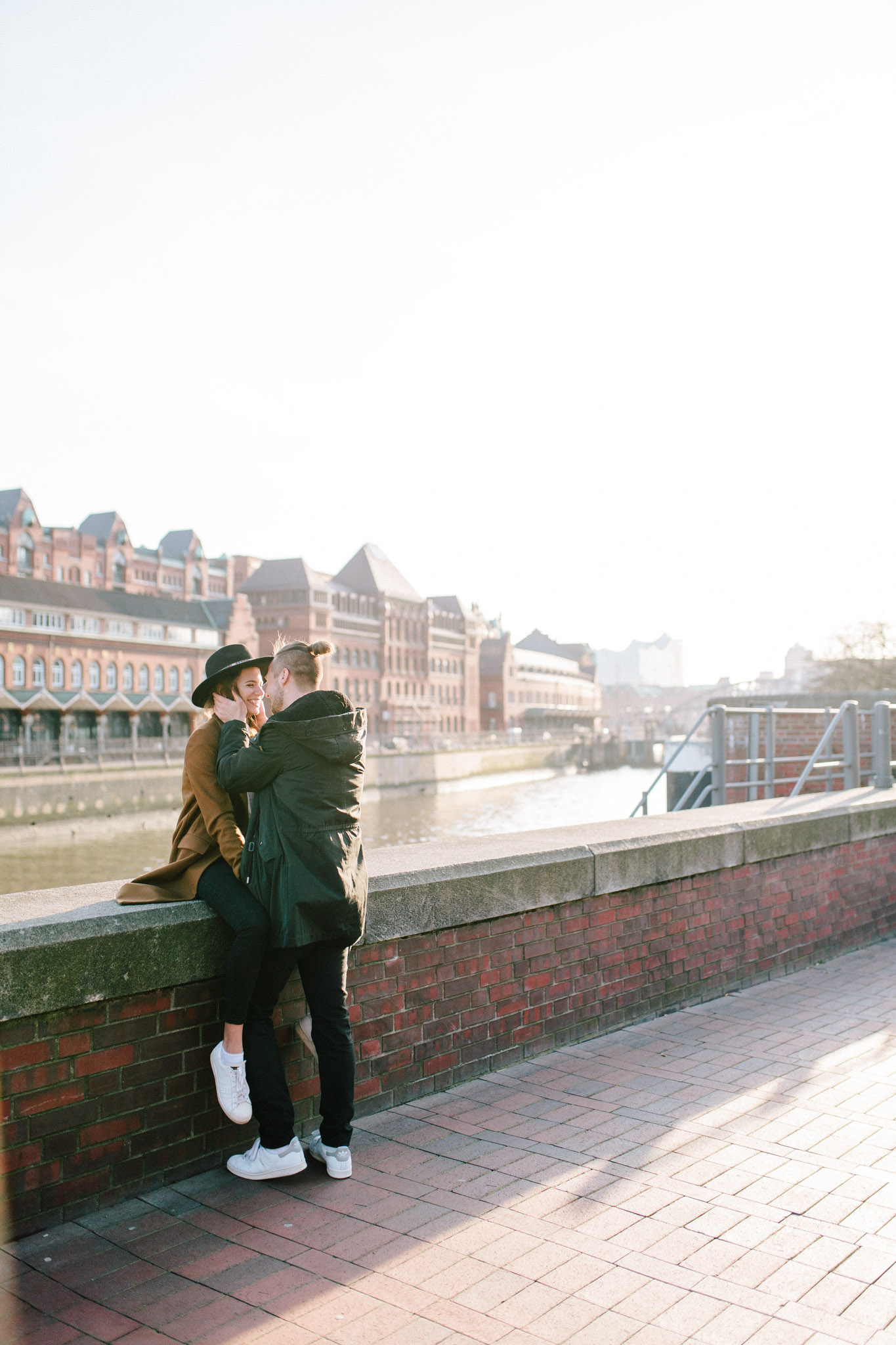 Speicherstadt-Hamburg-Engagement-Pia-Anna-Christian-Wedding-Photography-RJ-12.jpg