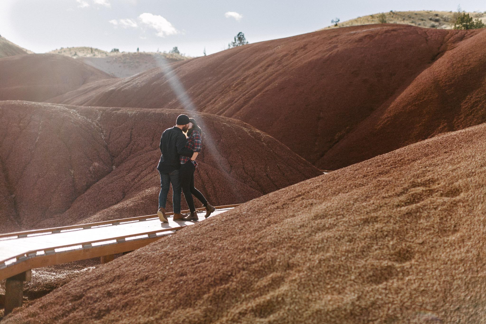 Oregon-Painted-Hills-Engagement-Pia-Anna-Christian-Wedding-Photography-LB-6.jpg