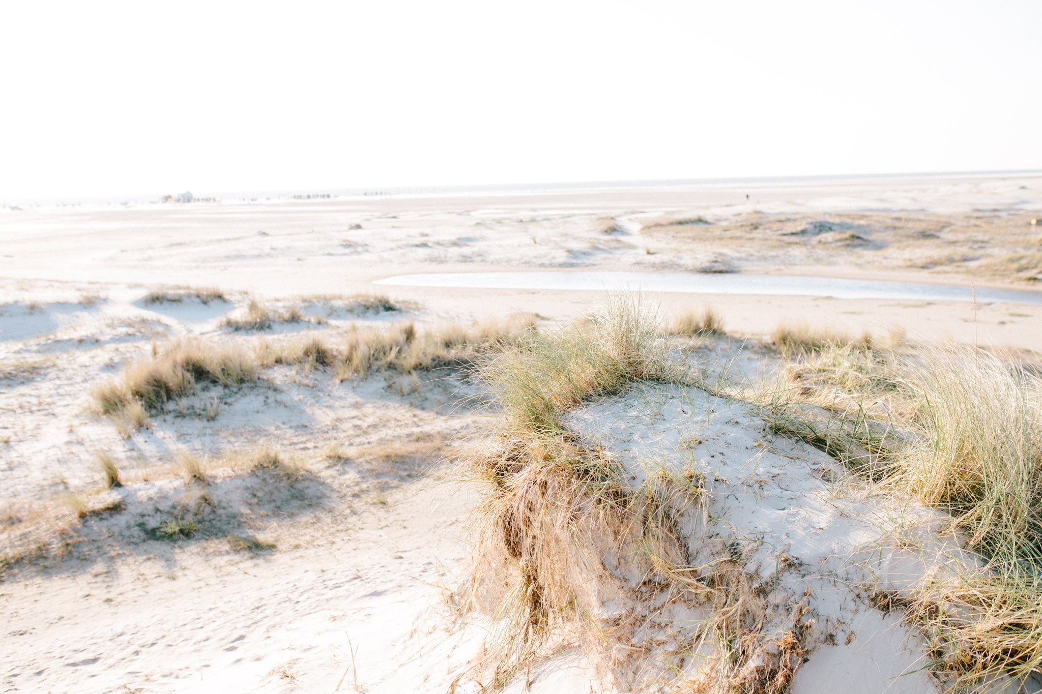 Sankt-Peter-Ording-Engagement-Pia-Anna-Christian-Wedding-Photography-KT-1.jpg