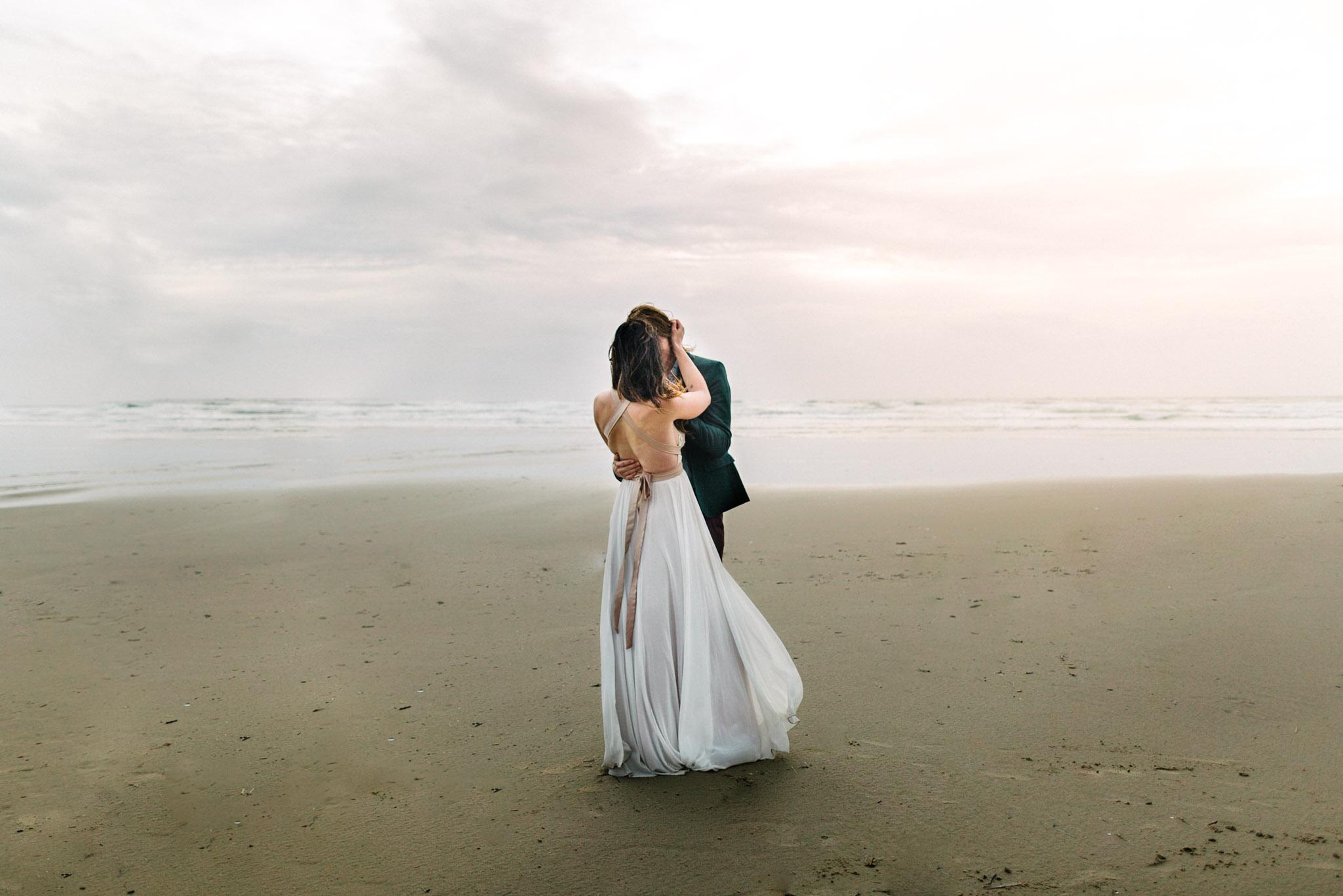 Oregon-Coast-Manzanita-Beach-Engagement-Pia-Anna-Christian-Wedding-Photography-PNW-GB-3.jpg