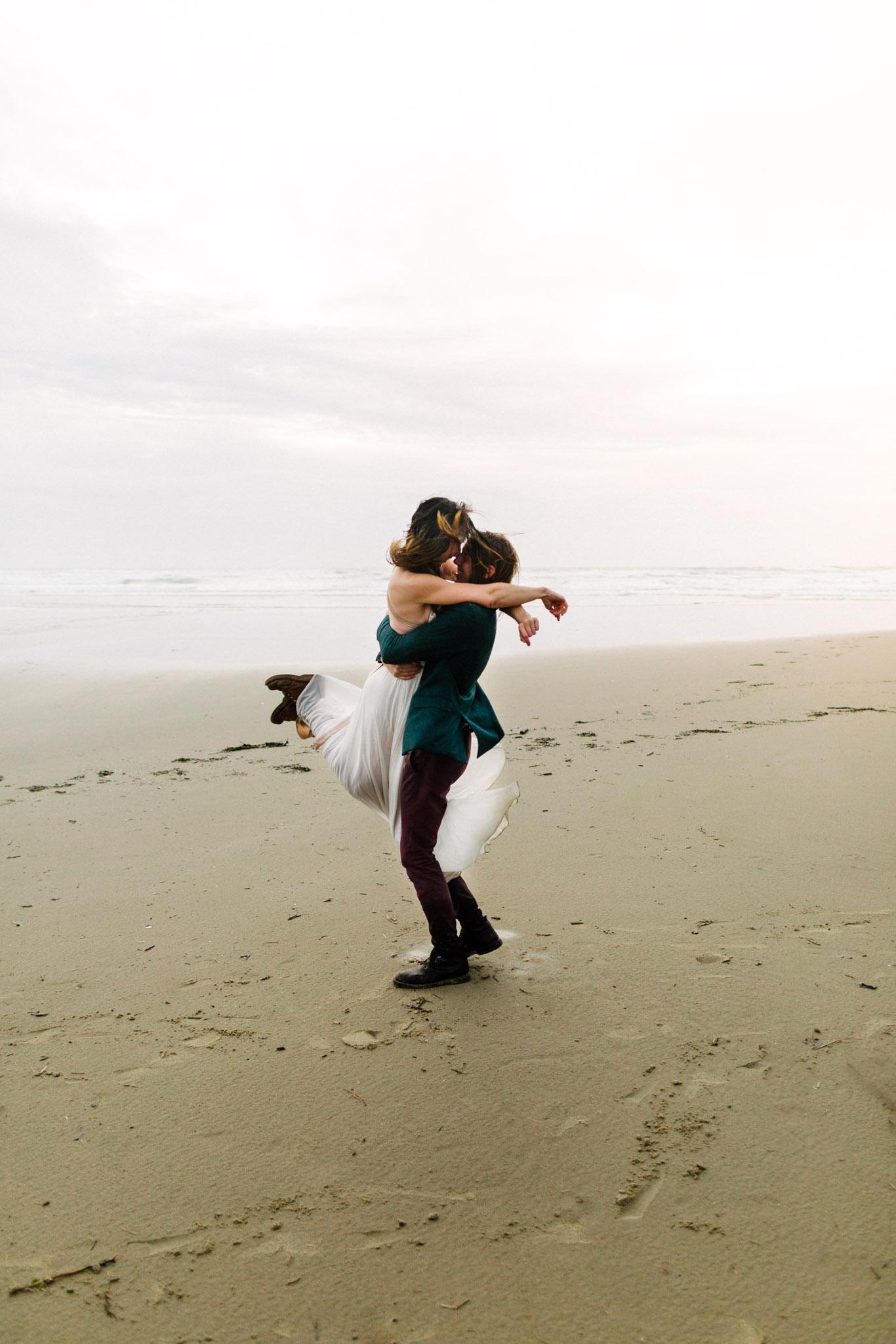 Oregon-Coast-Manzanita-Beach-Engagement-Pia-Anna-Christian-Wedding-Photography-PNW-GB-4.jpg