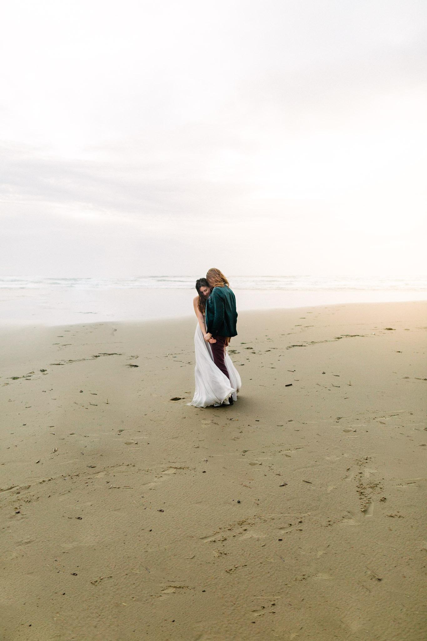 Oregon-Coast-Manzanita-Beach-Engagement-Pia-Anna-Christian-Wedding-Photography-PNW-GB-6.jpg