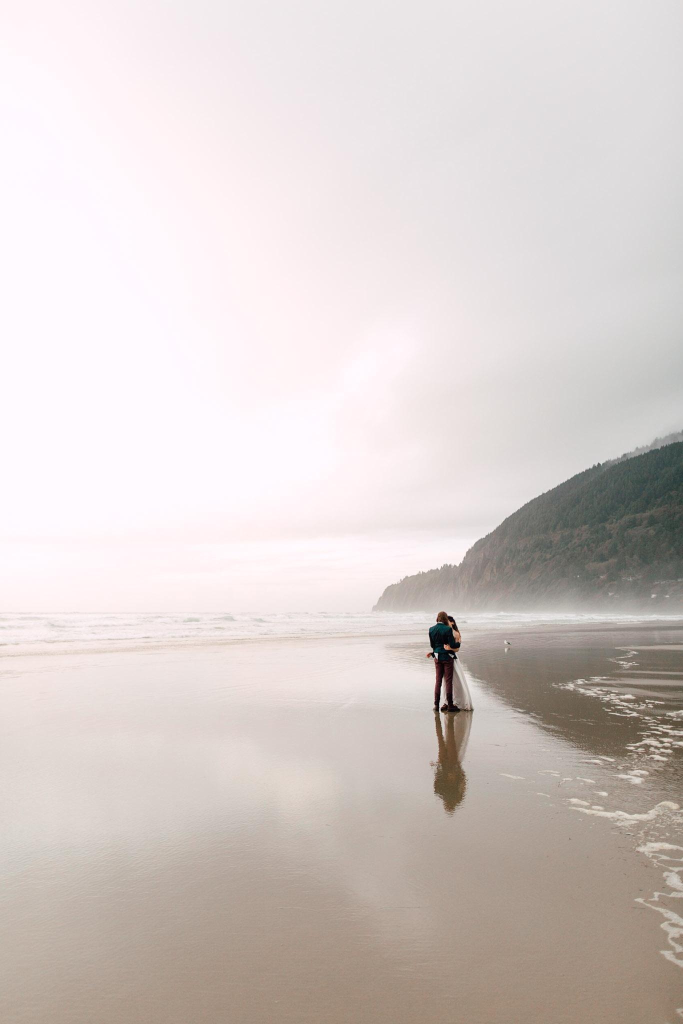 Oregon-Coast-Manzanita-Beach-Engagement-Pia-Anna-Christian-Wedding-Photography-PNW-GB-15.jpg