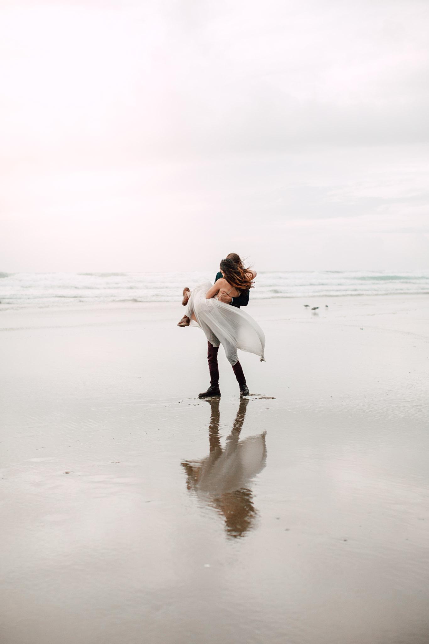 Oregon-Coast-Manzanita-Beach-Engagement-Pia-Anna-Christian-Wedding-Photography-PNW-GB-20.jpg